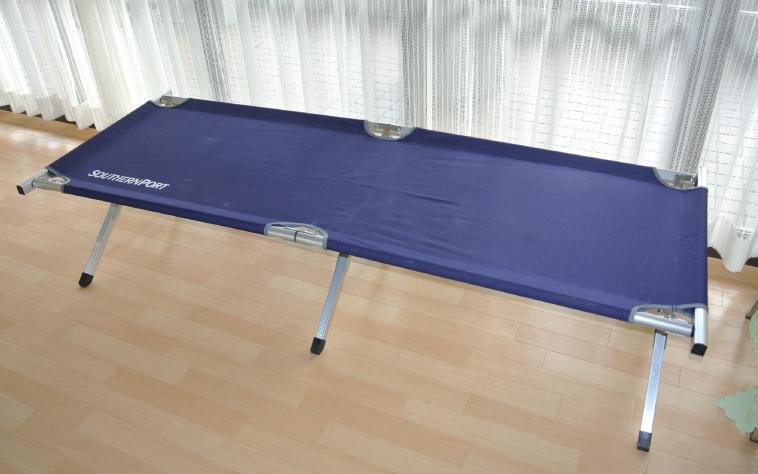 折りたたみベッド1,500円